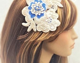 Something Blue Hair Combs / Floral Bridal Hairpiece / Blue Flower Wedding Hair Comb / Wedding Veil Hairpiece / Crystal Wedding Hairpiece