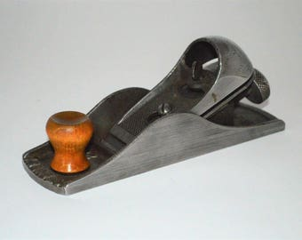 Vintage Stanley No. 220 Block Plane. Dating between 1900 - 1910