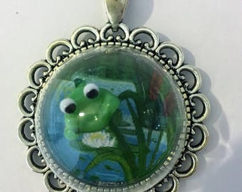 Frog on lilypad silver glass dome cabochon pendant necklace