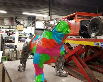 Statue of dog Bulldog colors and steel spike