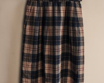 Vintage 100% Virgin Wool Pendleton Plaid Skirt