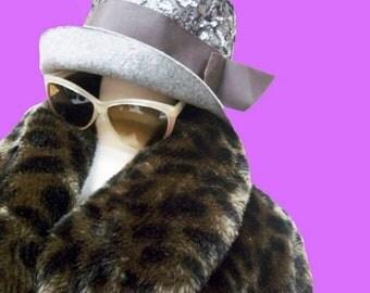 Fiber Street VINTAGE! rare beautiful leoprad Faux fur coat elegant lovely&cool!