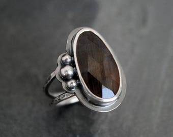 Rose Cut Natural Chocolate Brown Sapphire Sterling Silver Faceted Gemstone Jewel Statement Ring Granulation Double Band Sapphire Jewel Ring