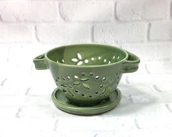 Ceramic Berry Bowl - Berry Bowl Colander - berry bowl and saucer - Berry Bowl Set - Berry Bowl Strainer - Berry Washing Bowl - Fruit Bowl