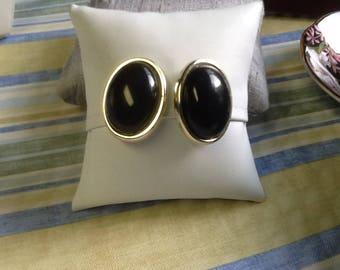 VINTAGE BLACK CABOCHON clip on earrings