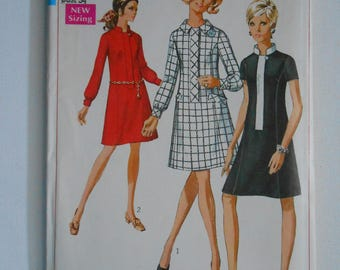 Vintage 60s Mod Princess Seam Dress with Concealed Front Zipper Sewing Pattern Simplicity 7899 Size 12 Bust 34 UNCUT