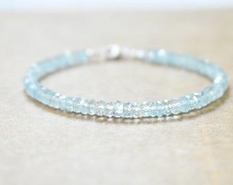 aquamarine gemstone beaded bracelet. pale blue beaded gem bracelet. micro faceted aquamarine bracelet. all aquamarine gemstones. pale blue