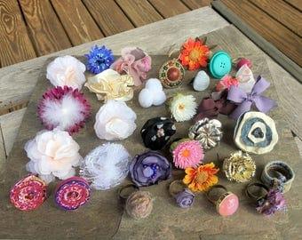 Flower Rings 32 pieces Huge Lot Denim Ring Teens Kids Fun Spirit Button Rings Fabric Rings Adjustable Rings Yarn Rings Fun Play