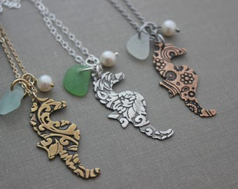 Seahorse necklace, Genuine sea glass, Choice of color, patterned seahorse, hippocampus, Bronze, sterling silver or copper, mixed metal
