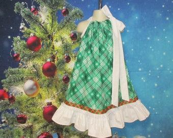 Girls Christmas Dress, Size 5/6 Green Plaid Snowflakes Flower Pillowcase Dress, Pillow Case Dress, Sundress