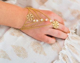Izabel Bridal Bracelet Ring, Boho Hand Chain, Bohemian Hand Piece, Gold Hand Chain, Statement Jewelry, Bohemian Bracelet, Ring Bracelet