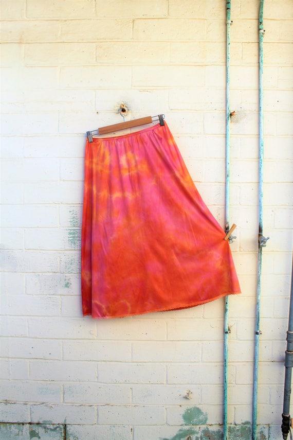 Large Plus Tie Dye Skirt/Orange Vintage Skirt/Upcycled Clothing/Hippie Tie Dye Skirt/Tie Dye Lace Skirt/Upcycled Skirt/Vintage half slip