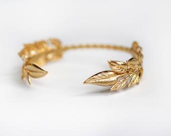 Olive Leaves Bracelet, Gold Leaves, Bridal Cuff, Wedding Bracelet, Adjustable Delicate Gold Bracelet, Dainty Leaf Cuff, Gold Leaf Bangle