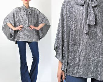 1970s Silver Poncho Top Cape Metallic Silver Lurex Blouse Pussy Bow Blouse Poncho Top David Bowie Shirt Disco Plus Size Vintage (L) E9071