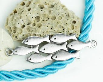 School of 7 Fish Link Connector Bracelet Pendant 2 loop Greek metal casting fish focal bead Charm Silver Plated Beach nautical jewelry 1 pc