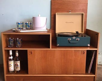 MID CENTURY MODERN Media Stand/Bar Cabinet (Los Angeles)
