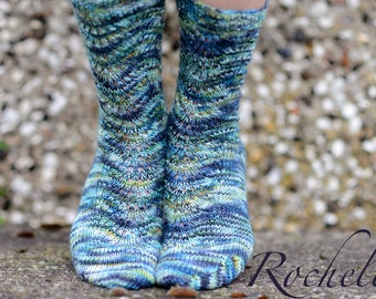 ROCHELLE ~ Sock knitting pattern - easy- for all wool/Ramie or similar yarns