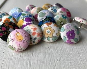 Flower,20 Push Pins,Pushpins,Thumbtacks,Thumb Tacks,Gift,Floral, Purple,Pink,Gray,Grey,Turquoise,Magenta,Cubicle,Teacher Gift