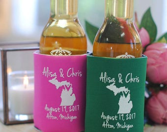 Wedding Favors - Personalized State Wedding Can Coolers for any City & State, Destination Wedding Favors for Guests, Fall Wedding Ideas