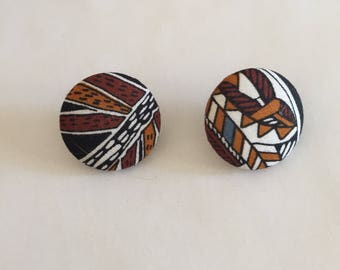 Self-Covered Posts | Southwestern ikat print pattern textile unisex big round disc studs EARRINGS 80s vintage unique rare gift brown white
