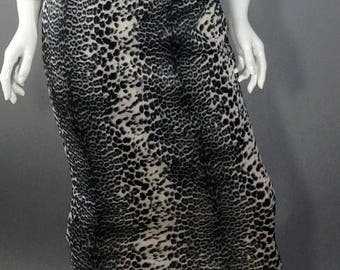 Black and white cheetah print pencil skirt