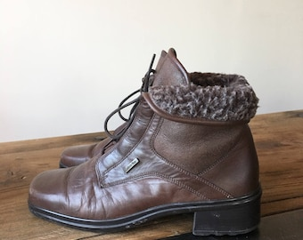 Vintage 90s Brown Leather Fleece Lined Ankle Boots, Lace Up Boots, Women's Boots, Winter Boots, Size 6.5