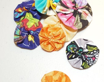 Nine Small Yo Yos for crafting, Mixed colors and fabric prints, hair bows, card making, quilting, embellishments