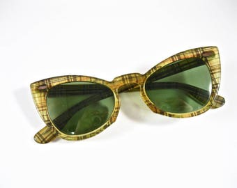 Ray-Ban vintage cat eye sunglasses. yellow plaid thatched fabric atomic pattern. Horn rimmed 1950s. Non prescription lenses.