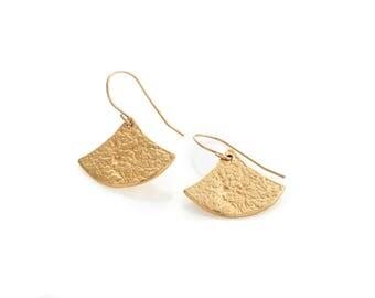 Gold Fan earrings, Boho earrings, textured Earrings, gold earrings, triangle earrings, dangle earrings, 18k gold plated, junam jewelry