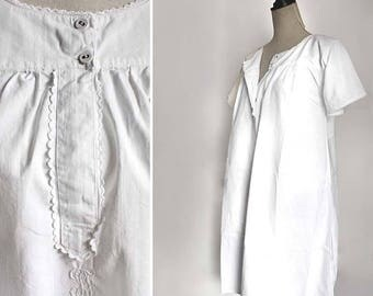 1920s French Monogram night dress / white woman's night Gown. simple short sleeves Summer dress, Size Small/ Medium
