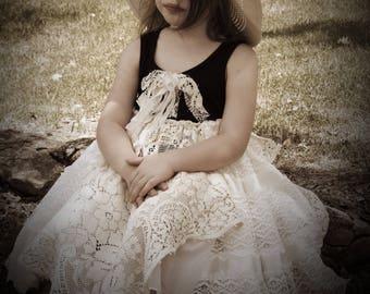 Girls lace dress, girls dress, girls frilly dress, flower girl, shabby lace, lace dress, vintage lace, boho dress