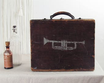 vintage wood box,trumpet box,industrial box,jazz musician,wood storage box,folk art box,tool case,briefcase,suitcase,carry case,vintage jazz