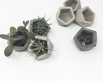 Geometric Concrete Planter (set of 3), Mini Planter, Dodecahedron, Small Concrete Pot, Concrete Succulent Planter, Modern Planter, Vessel