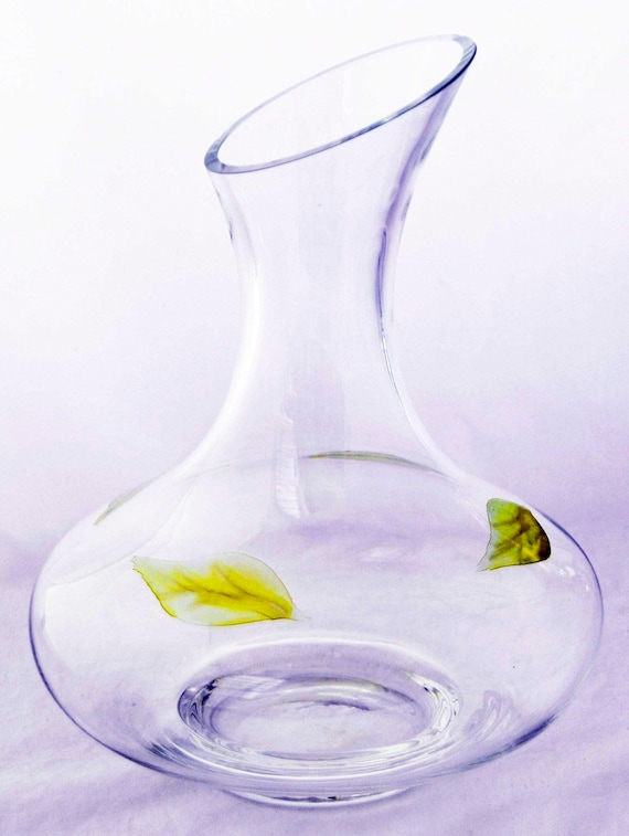 Vintage Clear Blown GLASS WINE DECANTER With Slanted Top and Impressed Leaf Décor Around the Base. Exc. Condition