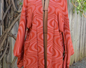 Absolutely Gorgeous Vintage Handstitched Coral-Pink Short Haori Kimono