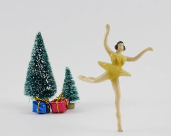 Vintage Bergen Toy and Novelty Company Dancing Ballerina Cake Topper Decoration