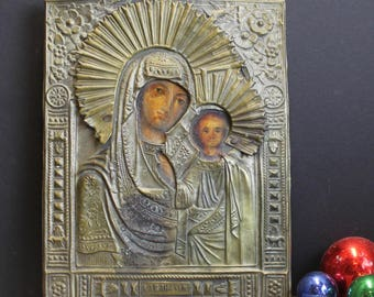 """Antique Eastern Orthodox Icon Mary and Jesus // Wood and Copper // 8"""" x 6"""" // Beautiful"""