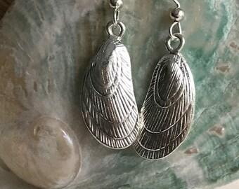 sea shell silver earrings, mussel sterling silver ear wires, beach earrings, sea shell earrings, bridesmaid bridal beach wedding earrings