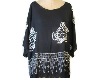 Black and White Kimono Top Easy Breezy Beach Nights Butterfly Sleeves Turtles