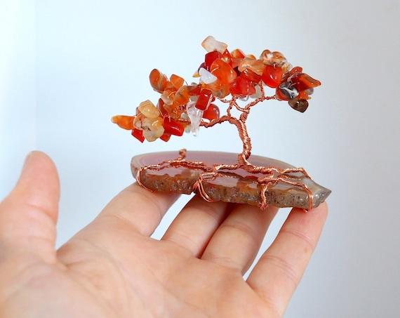 Wire tree sculpture Gemstone Tree of Life Bonsai Miniature Home decoration office desk decor Gift ideas Natural stone