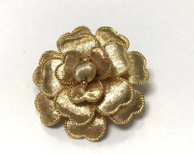 Gold Tone Flower Pin/Brooch with Heart Shaped Petals, Florentine Finish Flower Pin/Brooch with Heart Petals, Vintage Flower Pin/Brooch