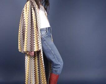 RESERVED DONT BUY 70s fabulous Dramatic zigzag balloon sleeve kaftan robe duster jacket