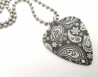 Black and White Paisley Design Guitar Pick Necklace with Stainless Steel Ball Chain