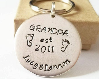 Grandpa Personalized Mens Key ring - Custom Keychain - Gift for New Grandfather - Birthday