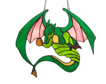 Stained Glass Dragon - tiffany glass dragon. Stained glass suncatcher.