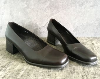 Vtg 90's Brown Leather Chunky Heel Pumps Women's Size 9 M