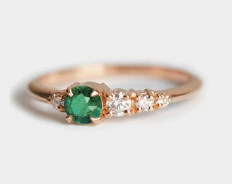 Emerald Diamond Ring, Emerald Cluster Ring, Diamond Cluster Ring, Diamond and Emerald Ring, Emerald Band, Diamond Emerald Ring, Minimalvs