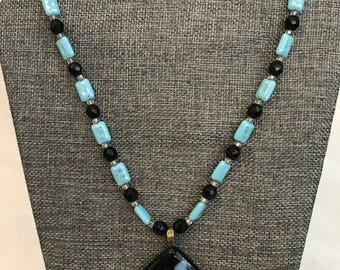 Waterfall dreams (Beads and fusion glass) necklace