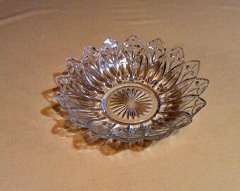 """Large Clear Glass Petal Bowl - Federal Glass, Flower Petal - For Fruit, Salad, Dessert - Springtime Easter Serving Decor - 10"""" Diameter"""