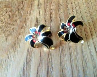 black cloisonne flower stud earrings for pierced ears